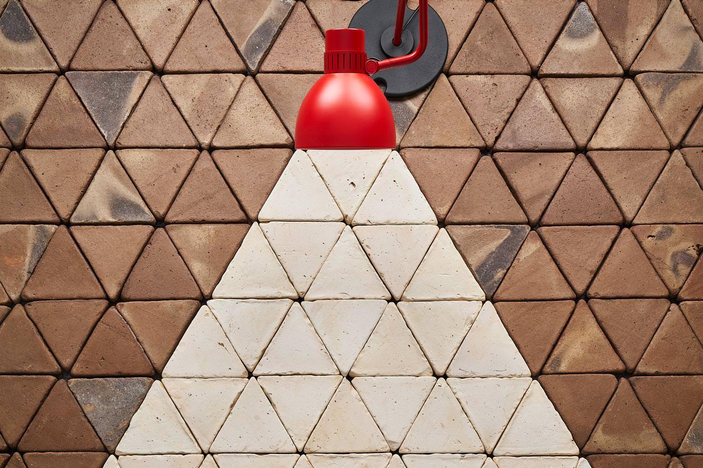 Composición geométrica de baldosas