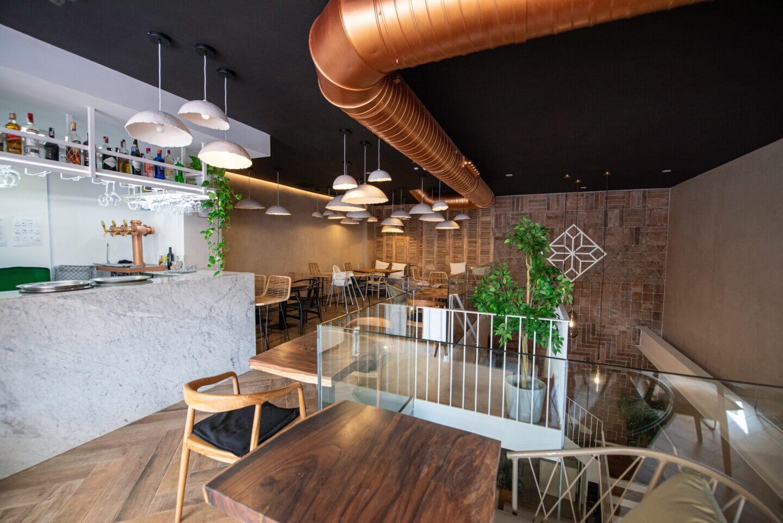 Pared de barro para restaurante moderno
